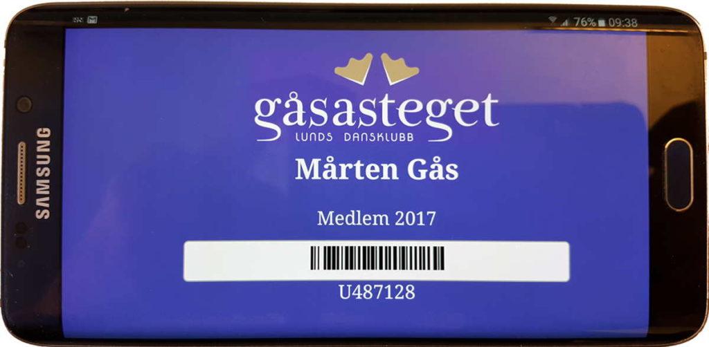 Medlemskort i mobiel har samma utseende som kortet med logga, namn, medlemsperiod, streckkod och nummer